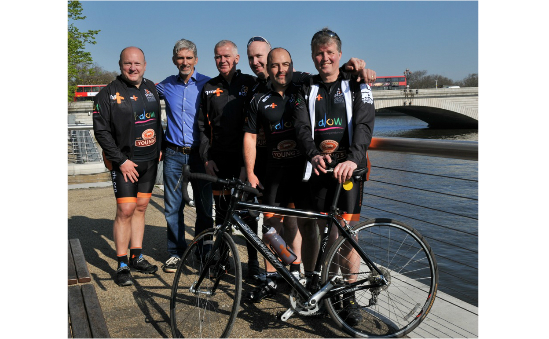 Damon Hill OBE with halow 250 cyclists