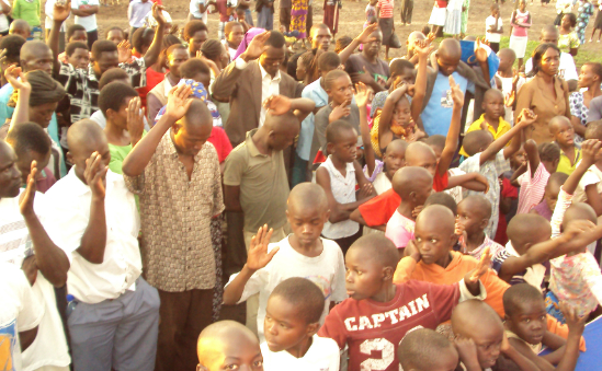People respond to the message in Homa Bay